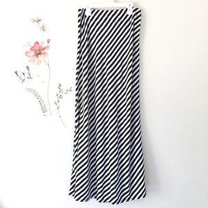 Black & White Long Maxi Skirt sz M